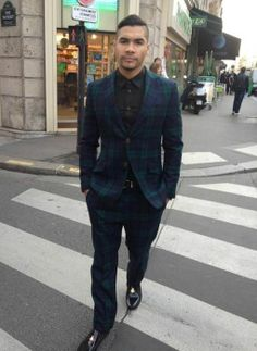 Checked suit Louis Smith, Checked Suit, Suit Jacket, Breast, Blazer, Suits, Jackets, Men, Fashion