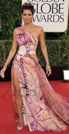 Berry in Versace 2013 Globes ♥✤ | Keep the Glamour | BeStayBeautiful *The blonde wore it better!*