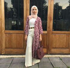 white palazzo pants outfit- How to wear long cardigan with hijab www.justtrendygir… white palazzo pants outfit- How to wear long cardigan with hijab www. Hijab Casual, Hijab Chic, Hijab Outfit, Stylish Hijab, Pants Outfit, Modest Wear, Modest Outfits, Modest Fashion, Hijab Fashion