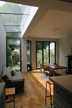 16 fabulous small conservatory ideas for amazing interior House Extension Design, House Design, Extension Ideas, Kitchen Extension Terraced House, Glass Extension, Interior Architecture, Interior And Exterior, 1930s House Interior, Small Conservatory
