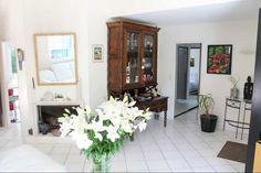 Agence immobilière Reze, Nantes. Maison à vendre à Reze. Location, Gallery Wall, Real Estate, Home Decor, Real Estate Office, Nantes, Decoration Home, Room Decor, Real Estates