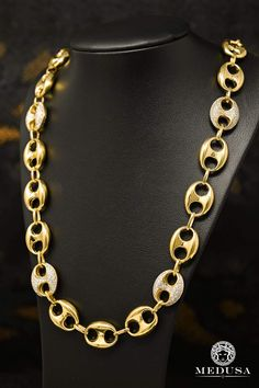 Chain in Gold I Love Gold, Or Noir, Gucci Fashion, Chains For Men, Stone, Bling, Jewels, Medusa, My Style