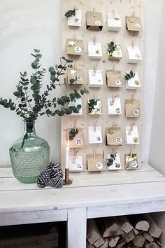 Instead of buying an Advent calendar, make it yourself! Get inspired with our selection of 15 Advent calendar ideas. Homemade Advent Calendars, Wooden Advent Calendar, Diy Advent Calendar, Calendar Ideas, Calendar Design, Calendar Board, Christmas Calendar, Christmas Countdown, Christmas Holidays