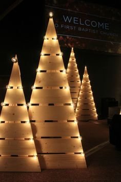 Trees Aglow - Church Stage Design Ideas - Scenic sets and stage design ideas from churches around the globe. Pallet Christmas Tree, Christmas Wood Crafts, Christmas Projects, Christmas Crafts, Christmas Trees, Christmas Stage Decorations, Christmas Stage Design, Christmas Lights, Church Decorations