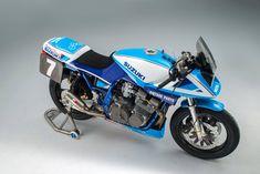 コレは美しい!Team Classic Suzuki のスズキ「カタナ」レーサーが完成したぞ! : ForRide(フォーライド)