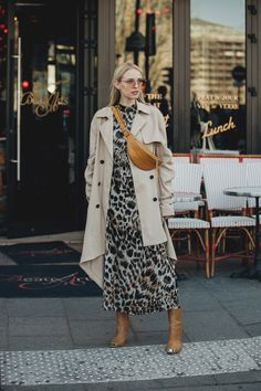 As Couture Fashion Week gets underway in Paris, Vogue's Jonathan Daniel Pryce captures the best looks away from the runway. Couture Week, Style Couture, Couture Mode, Couture Fashion, Cool Street Fashion, Street Chic, Street Wear, Fashion Moda, Fashion Week