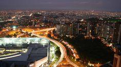 Vista aérea do bairro Belvedere em Belo Horizonte (MG)