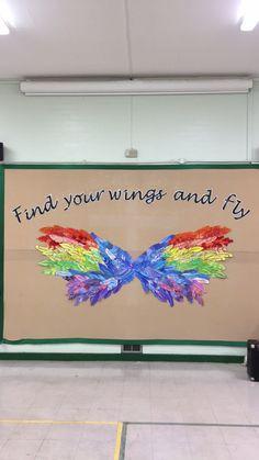 Feather wing display #ks2display #wings #display #findyourwings School Displays, Classroom Displays, Classroom Themes, Preschool Art, Preschool Activities, Ks2 Display, Elementary Bulletin Boards, Bulletin Board Design, Resident Assistant