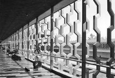 PEDRO RAMIREZ VÁZQUEZ & RAFAEL MIJARES, Museo Nacional de Antropología, Mexico City 1964. Sculpture screens by Manuel Felguérez. Photography by Armando Salas Portugal. / Caiana
