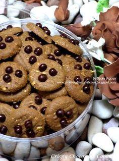 Cookies ini salah satu daganganku yg cukup lariz maniez. Cookiesnya renyah karena pake sereal instant (choco crunch) plus kacang mete cinc...