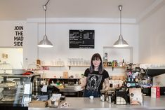 Mad Drop - Best specialty coffee shops Bratislava