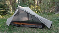Tarptent Ultralight Shelters - The Notch - This one has gotten good reviews, however it is more expensive ($259) than the Six Moon Designs Lunar Solo 2012 and requires 2 poles instead of 1.