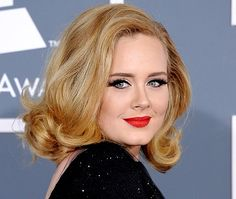 Why Adele Doesnt Wash Her Hair With Shampoo Us Weekly Round Face Celebrities