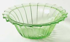 "Jeannette Glass ""Sierra"" Pattern Cereal Bowl in Green (1931-1933) Depression Glass"