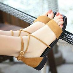 Summer New Luxury Leather Low-heeled Style Shoes Woman Cross Straps Fashion Show Ladies Elegant Flat Women Sandals chaussure Low Heel Sandals, Shoes Heels Wedges, Flat Sandals, Pretty Shoes, Cute Shoes, Beautiful Sandals, Prom Heels, Only Shoes, Fashion Boots