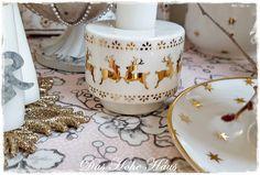 Das Hohe Haus - ZEITLOS SCHÖN WOHNEN | Weihnachten : Kerzenständer Ivy gold Soap Dispenser, Gold, Christmas, Homes, Nice Asses, Soap Dispenser Pump, Xmas, Navidad, Noel
