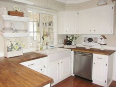 Whitewash Kitchen Cabinets, Antique Kitchen Cabinets, Kitchen Cabinet Knobs, Kitchen Cabinets Decor, Rustic Cabinets, Farmhouse Kitchen Cabinets, Modern Farmhouse Kitchens, Home Decor Kitchen, Cabinet Hardware