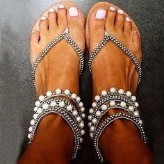 Beading Rhinestone Thong Women's Flat Flops Sandals - MeetYoursFashion - 1