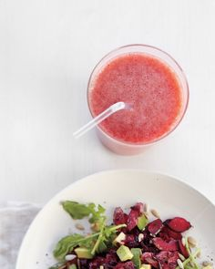 Strawberry-Grapefruit Smoothie with ginger makes 4 refreshing servings for Phase 1.