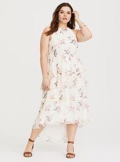 5b2ca098310191 White Floral Tiered Chiffon Maxi Dress