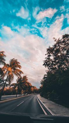 Iphone Wallpaper Photos, Summer Wallpaper, Cute Wallpaper Backgrounds, Wallpaper Ideas, Night Aesthetic, Beach Aesthetic, Summer Aesthetic, Aesthetic Pastel Wallpaper, Aesthetic Backgrounds
