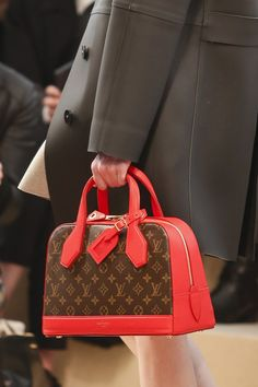 Louis Vuitton  Autumn/Winter 2014-15 Ready-To-Wear. Paris Fashion Week