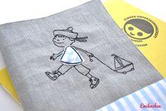 U-Hefthülle bestickt von Emilinchen     auf DaWanda.com