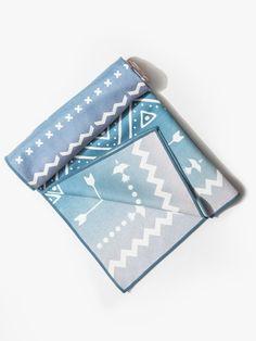 #carbon38 Yoga Towel