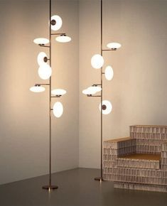 When searching for a lamp for your home, the options are nearly endless. Discover the most suitable living room lamp, bedroom lamp, desk lamp or any other style for your selected room. Diy Floor Lamp, Modern Floor Lamps, Modern Lighting, Floor Ceiling, Lighting Ideas, Ceiling Lamps, Lighting Solutions, Design Light, Design Design