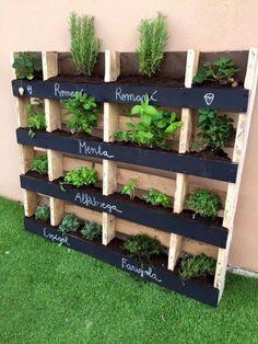 Деревянные поддоны для вашего сада: идеи для вдохновения 8