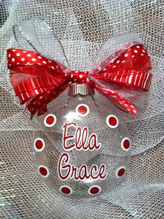 Personalized Ornament! Gonna have to try this!!
