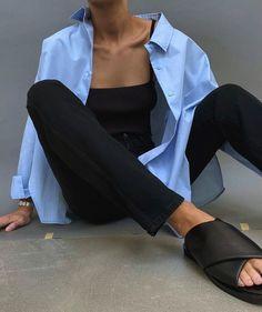 grafika odkryte przez 𝓞𝓱,𝓶𝔂 𝓫𝓮𝓵𝓵𝓪 𝓿𝓲𝓽𝓪!. Odkrywaj (i zapisuj!) swoje własne obrazy i filmy z We Heart It Simple Outfits, Trendy Outfits, Fashion Outfits, Womens Fashion, Skandinavian Fashion, Mode Dope, Look Girl, Neue Outfits, Looks Black