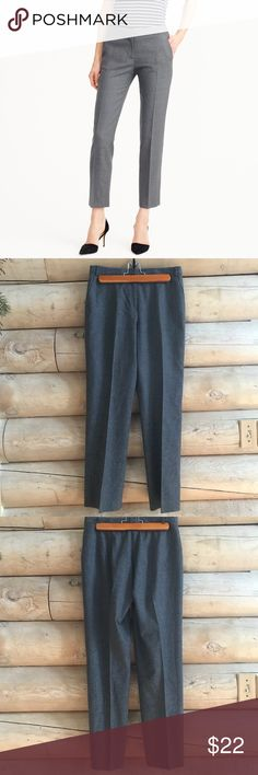 ❄️J. Crew Gray Wool Pants J. Crew Wool Blend Gray Heather Pants. Petite 6. Unlined. Excellent condition. 98% Wool 2% Lycra J. Crew Pants Ankle & Cropped