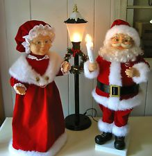 Blue Christmas, Winter Christmas, Vintage Christmas, Felt Christmas Decorations, Christmas Crafts, Christmas Ornaments, Felt Doll Patterns, Christmas Floral Arrangements, Christmas Stencils