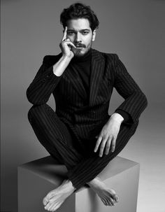 Çağatay Ulusoy para GQ Turquía Enero 2016 - Male Fashion Trends