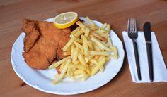 Online Essen bestellen: Wiener Schnitzel mit Pommes. Bestellt beim Schnitz'l Land Lieferservice via Mjam.at