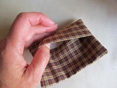 Envelope finishing technique for pillow ornament