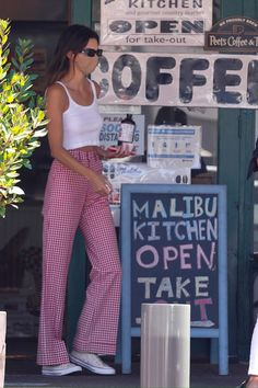 Model Outfits, Cute Outfits, Fashion Outfits, Kendall Jenner Outfits, Kendall And Kylie Jenner, Roupas Brandy Melville, Celebrity Outfits, Celebrity Style, Kardashian