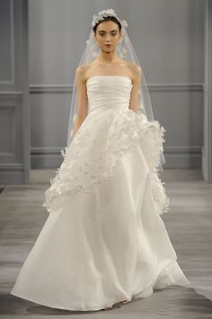 Amazing Vera Wang Bridal Spring The Most Stunning Wedding Gowns for Spring StyleBistro