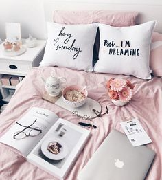 themissnicolina // decoration ideas that will make your bedroom instantaneously better. Cover your wall in beautiful photos and fairy lights. Include a pop of colour with a printed tapestry. Obtain innovative with cute bedroom ideas.