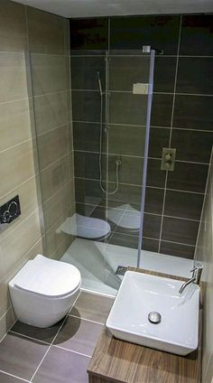 As you start your hunt for small bathroom layout ideas, it may appear that decorators simply cater to people with the expansive bathrooms usually featured in decor magazines and home renovation tv… Bathroom Design Small, Bathroom Layout, Bathroom Interior Design, Bathroom Ideas, Bathroom Remodeling, Bathroom Designs, Small Bathrooms, Remodeling Ideas, House Remodeling