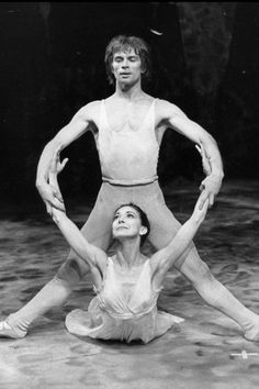 Rudolf Nureyev and Margot Fonteyn.