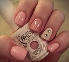 Gelish Valentine's Day nails. (My nails #AmyGoff)