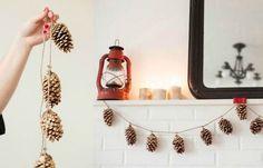 Maak zelf een leuke #ketting van #dennenappels en sisal touw. Leuk om neer te leggen of op te hangen, past in vrijwel ieder interieur. #chain #pinecone #decoration #autumn