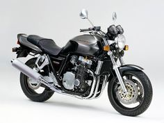 November 1992: Honda CB1000 Super Four