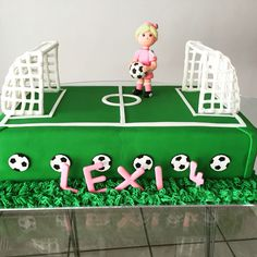 Soccer Party Cake for girls by the amazing Jo Bouwer! Soccer Birthday Cakes, Birthday Cake Girls, 9th Birthday, Soccer Cakes, Soccer Theme, Soccer Party, Kids Party Themes, Birthday Party Themes, Party Ideas