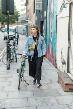 Tokyo Street Fashion, Tokyo Street Style, Grunge Style, Soft Grunge, Grunge Outfits, Fashion Outfits, Womens Fashion, Le Happy, Dr. Martens