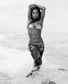 """fatbitchesinthekitchen: """" Janet Jackson for Vibe Magazine 2006 """" Beauty Jo Jackson, Jackson Family, Beautiful Black Women, Beautiful People, Beautiful Ladies, Amazing Women, Beautiful Things, Celebrity Photography, The Jacksons"""