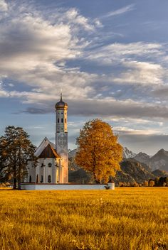 Coloman Church on an autumn afternoon (Schwangau, Bavaria, Germany) by Geo Messmer on x. Old Country Churches, Old Churches, Oh The Places You'll Go, Places To Travel, Places To Visit, Wonderful Places, Beautiful Places, Beau Site, Chapelle