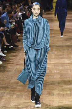 View the complete Fall 2017 collection from Issey Miyake.